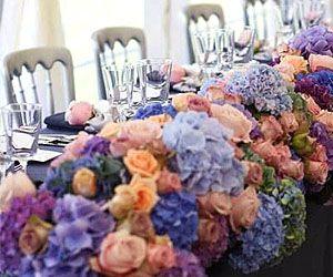 как оформить свадьбу цветами